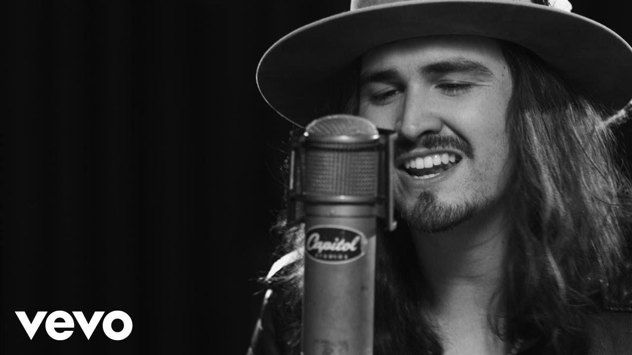 Jordan Feliz - Call On Me (1 Mic 1 Take)