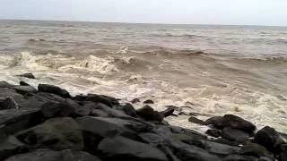 Tidal Waves in Bandstand(Bandra)