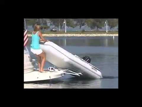 Лодка моторная BRIG Dingo D265