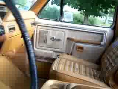 1980 bronco motor and interior youtube rh youtube com 1980 ford bronco interior parts 1980 ford bronco rear seat