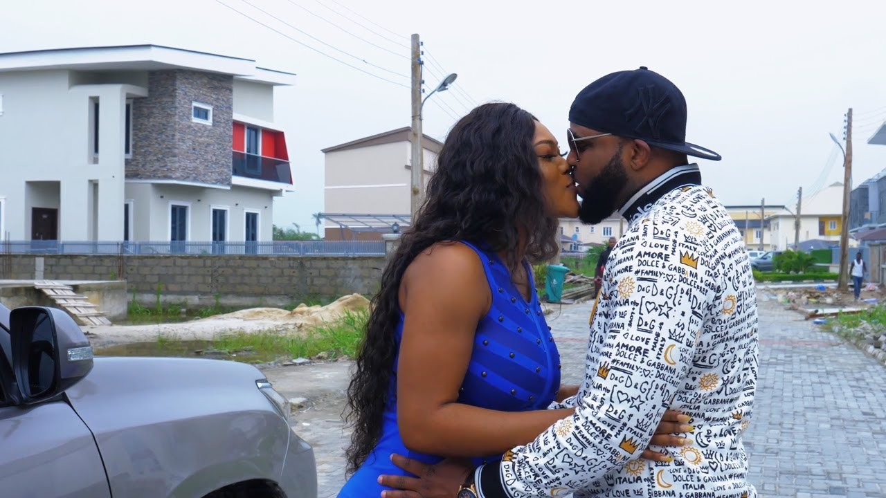 Download Love In  A Puff - Nigerian Movies (New)