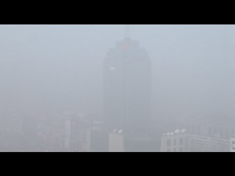 China's Hebei, Tianjin Issue Double Alerts for Fog, Haze