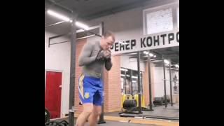 Тренировка с резиной. Для боксеров. А так же для общей физической подготовки. Тренировка дома.
