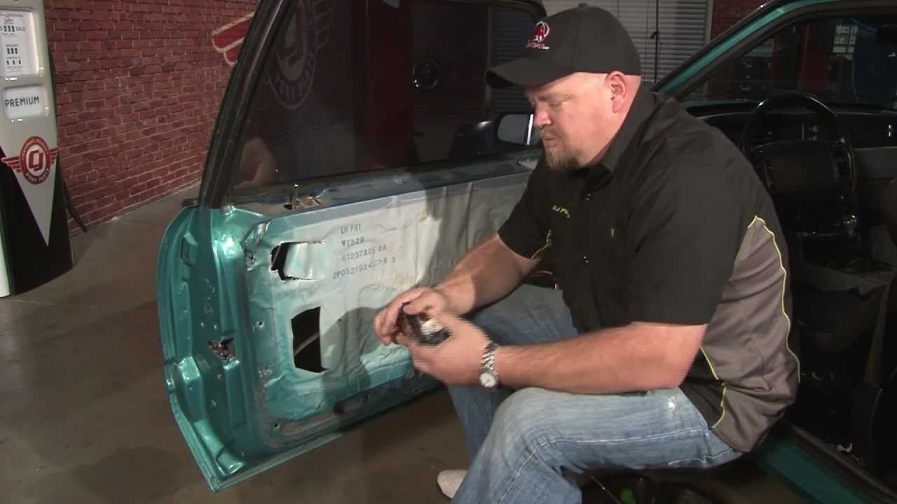 fuse box lincoln town car 2003 mustang door lock actuator installation 1979 1993 youtube  mustang door lock actuator installation 1979 1993 youtube