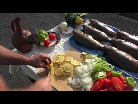 Как замариновать рыбу на углях