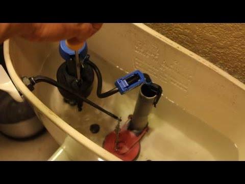 Como Reparar La Fuga En Un Inodoro Instalar Valvula Del Tanque Youtube