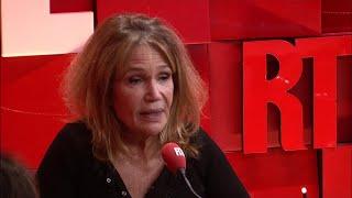 Clémentine Célarié n'a pas peur de Christine Angot