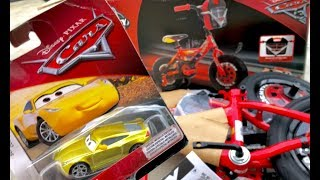 Disney Cars 3 Toys Metallic Cruz Ramirez Unboxing & Lightning McQueen Bike Build - Gold Cruz Ramirez