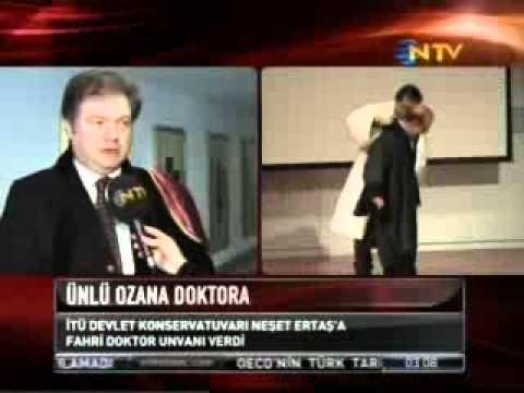 İTÜ Devlet Konservatuarı Neşet Ertaş'a Fahri Doktor Ünvanı Verdi