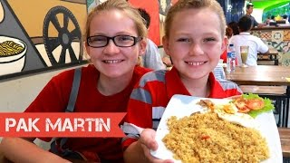 Anak Amerika Makan Nasi Goreng | Review Makanan Indonesia