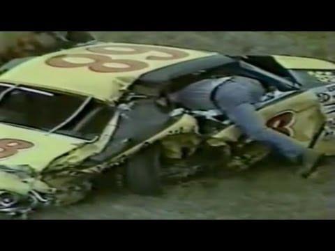 18 + Race fatal car crashes.HD! (WARNING: FATAL CRASHES 18+ ! )