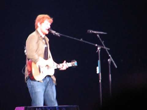 Ed Sheeran Galway Girl Chicago Allstate Arena 9 15 17