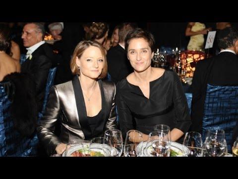 Jodie Foster marries girlfriend Alexandra Hedison