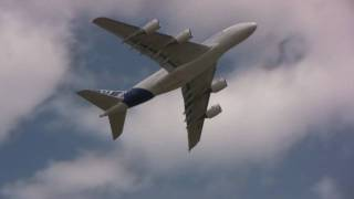 Airventure 2009: Airbus A380 Demonstration HD