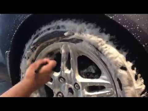 DIY How to Clean your Car's Tyre at Home Professionally