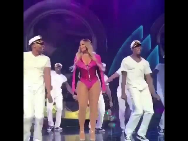 Mariah Carey dance skills