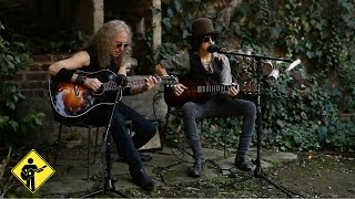 Soft Spot   LP & Waddy Wachtel   Playing For Change   Live Outside