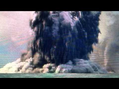 """Underwater Volcano Erupts Turns Water """"Blood Red"""" Tonga"""
