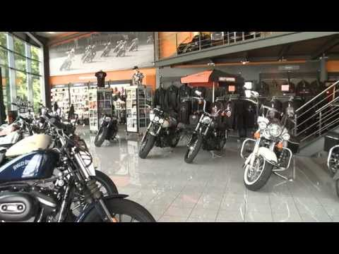 Rick's Motorcycles - Behind the scenes