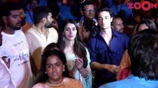 Arpita Khan With Husband Aayush Sharma & His Co Star Warina Hussain Dance At Ganpati Visarjan