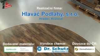 Jak se natírají betonové podlahy polyuretanový nátěr s barevnými chipsy