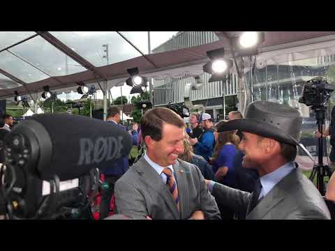 Clemson Coach Dabo Sweeney & Tim McGraw At 2019 NFL Draft Red Carpet