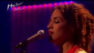 Martina Topley-Bird - Four On The Floor (Live Montreux 2004) Mp3