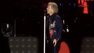 Смотреть клип Bon Jovi - We Don't Run