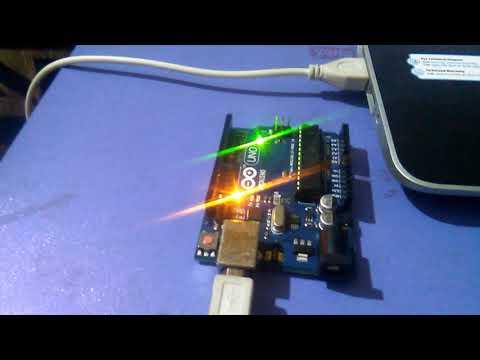 Arduino UNO blinking LED