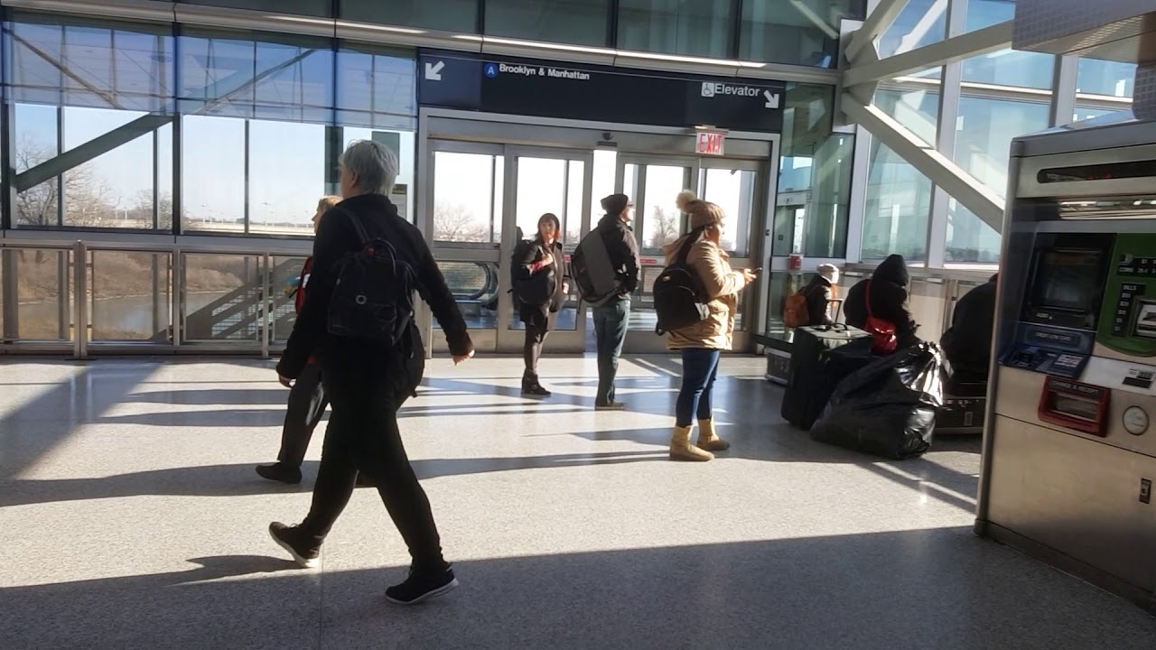 how to get from jfk to manhattan airtrain