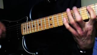 SHREDDING GUITAR LICKS - SHRED!!! PART 1