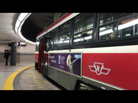 TTC STREETCARS at Union Station [4K]