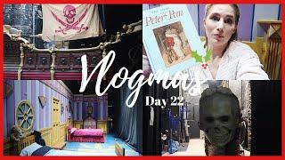 BACKSTAGE TOUR! | VLOGMAS DAY 22 | Georgie Ashford