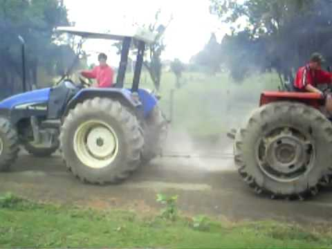 Máy cày Ford New Holland kéo Massey  95 .mp4
