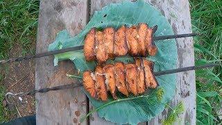 Шашлык из рыбы, в моём случае это шашлык из лосося, но рыбу можно брать любую, будет вкусно.