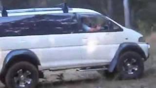 Mitsubishi Delica - минивэн внедорожник(Подписывайтесь на канал: https://www.youtube.com/user/MrKobyak?sub_confirmation=1 Mitsubishi Delica — компактный минивэн, производимый японс..., 2011-02-25T16:51:50.000Z)