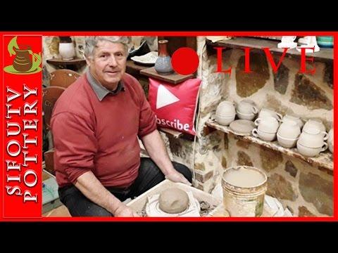 Live Pottery | Pottery making vases live.