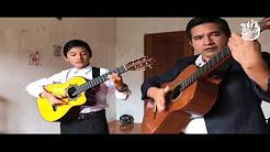 Guitarrista Oswaldo Calva y su hijo Oswaldo Gabriel