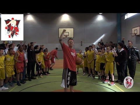 KIDS CHALLENGE CONMAN 1 ON 1 & THEN BREAKS ANOTHER BASKETBALL WORLD RECORD