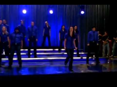 GLEE Full Performance of 'Somebody To Love'