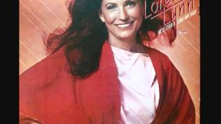 Loretta Lynn - No love left inside of me