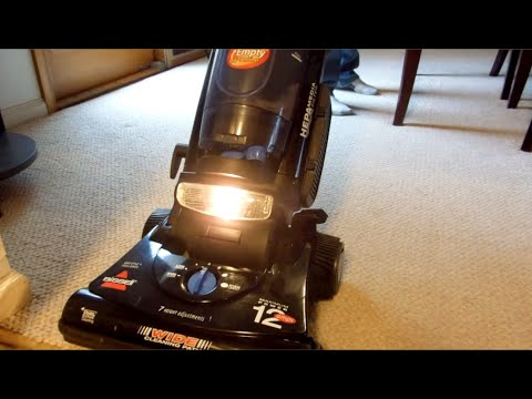 2005 Bissell CleanView II Bagless Plus (3576-6) Upright Vacuum Cleaner