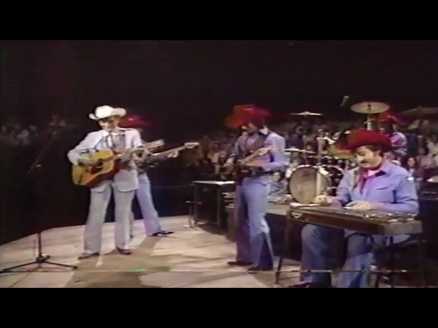 Lovely Ernest Tubb And The Texas Troubadours   Iu0027m Walking The Floor Over You 1982