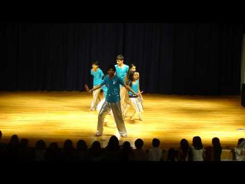 Holi dance 2010 - Hockessin Delaware Hindu Temple - Manhar & team