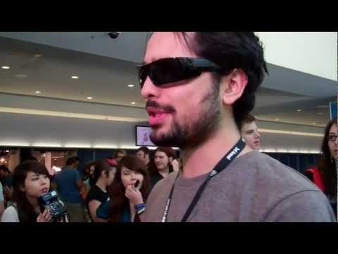 Joe Penna Mystery Guitar Man tells his story to CBS news at Vidcon 2012
