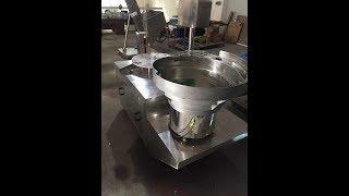 Automatic cap wadding lining machine wads inserting equipment