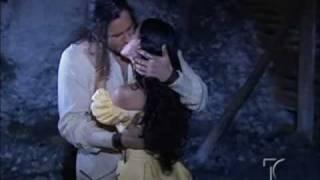 Beso 1 (Hugo y Soledad- La Traicion)