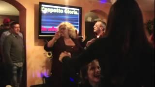 QdK GLORIA karaoke di gruppo