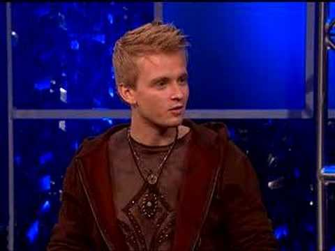 "TV Guide Channel's ""Idol Chat"" - Anthony Fedorov Interview"