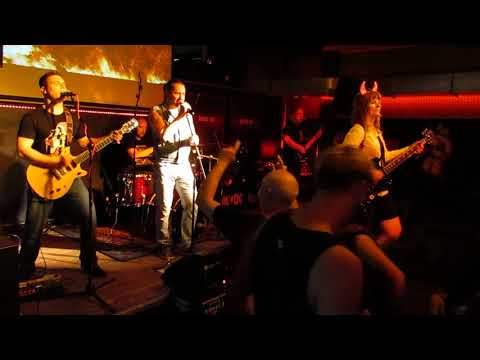 Black Ice - Highway To Hell live @ Club A...